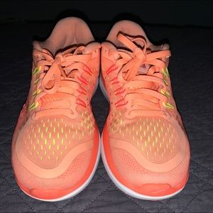 Womens Nike Flex 2017 Rn Sunset Glow Bright Mango